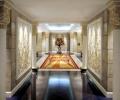burj-khalifa-inside-lobby2