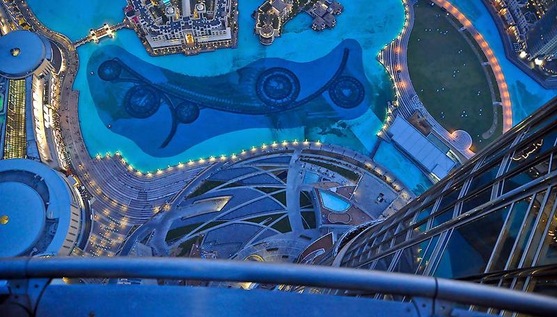 burj-khalifa-inside-fountai