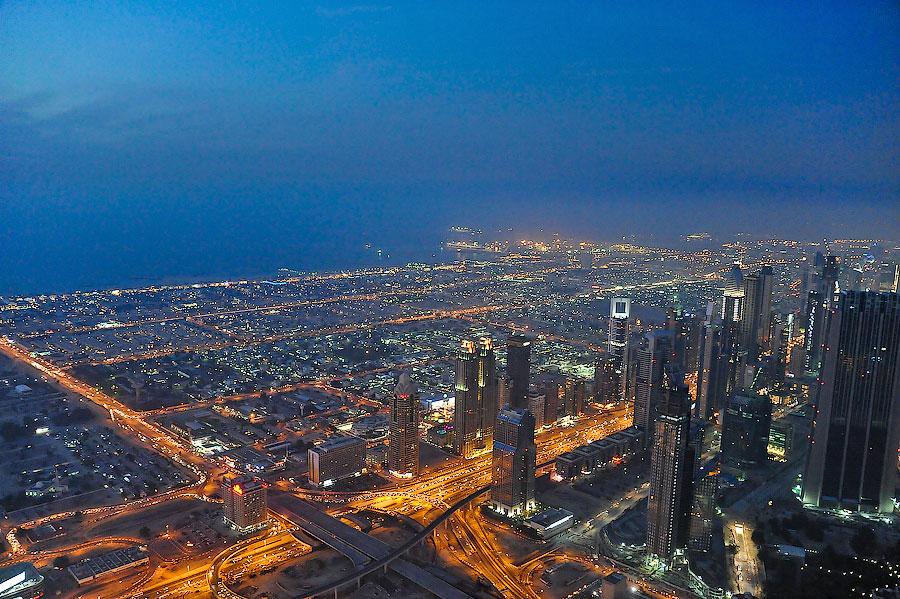 burj-khalifa-inside-jumeirah-beach