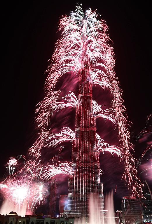 dubai-new-year-2014-fireworks-01