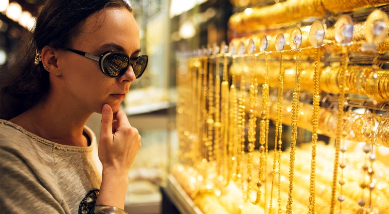 Why People Buy Gold from Dubai