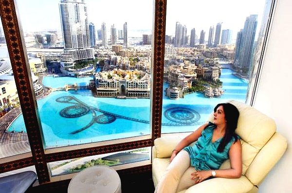 living in burj khalifa