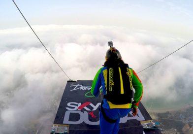 Dream Jump Extreme Stunt in Dubai by SkyDiveDubai and XDubai