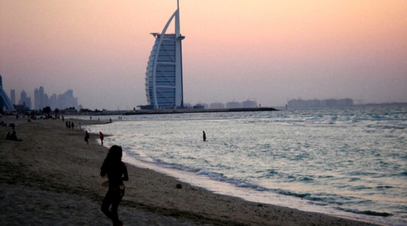 Stinking Dubai Beaches