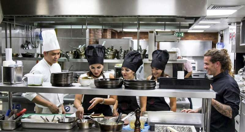 Dubai Best Chef and Services