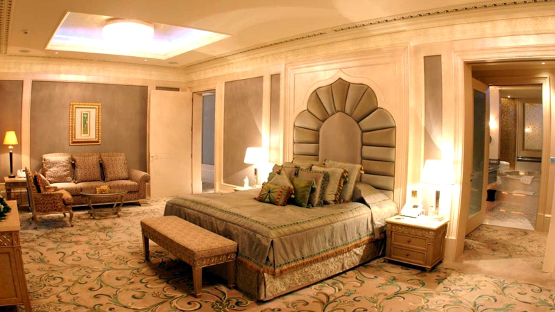 The Emirates Palace Royal Khaleej Suite