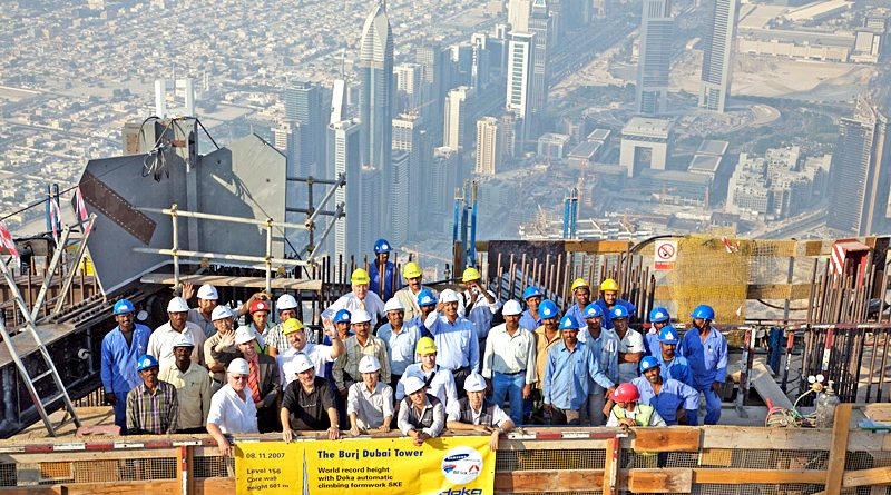 Developments In Dubai : Construction in dubai beams high with foreign investments
